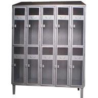 locker-puerta-malla-techo-inclinado